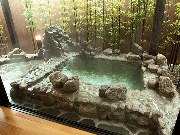 【和徳】半露天風呂